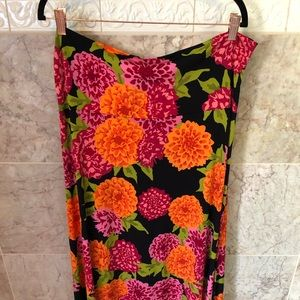 LuLaRoe Maxi Skirt!
